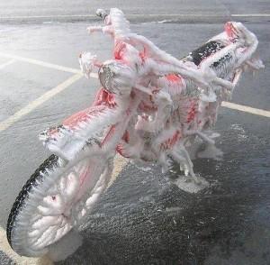 motocicleta inghetata